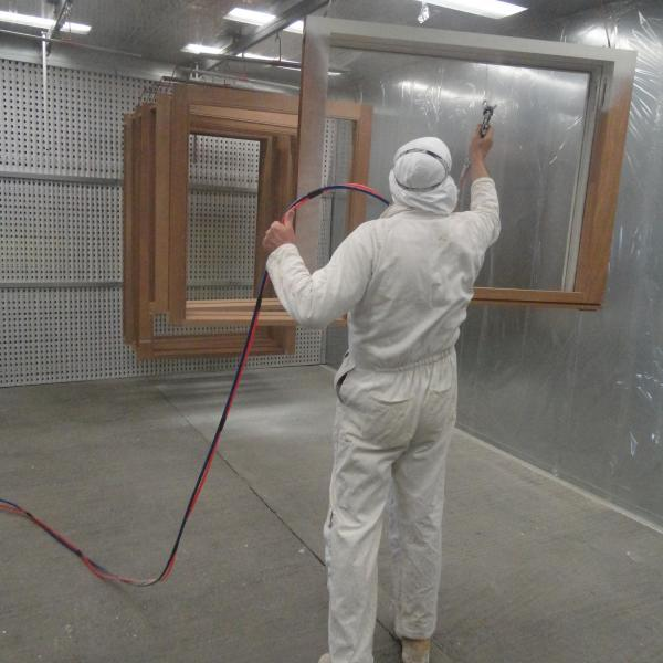 Spraying, joinery service